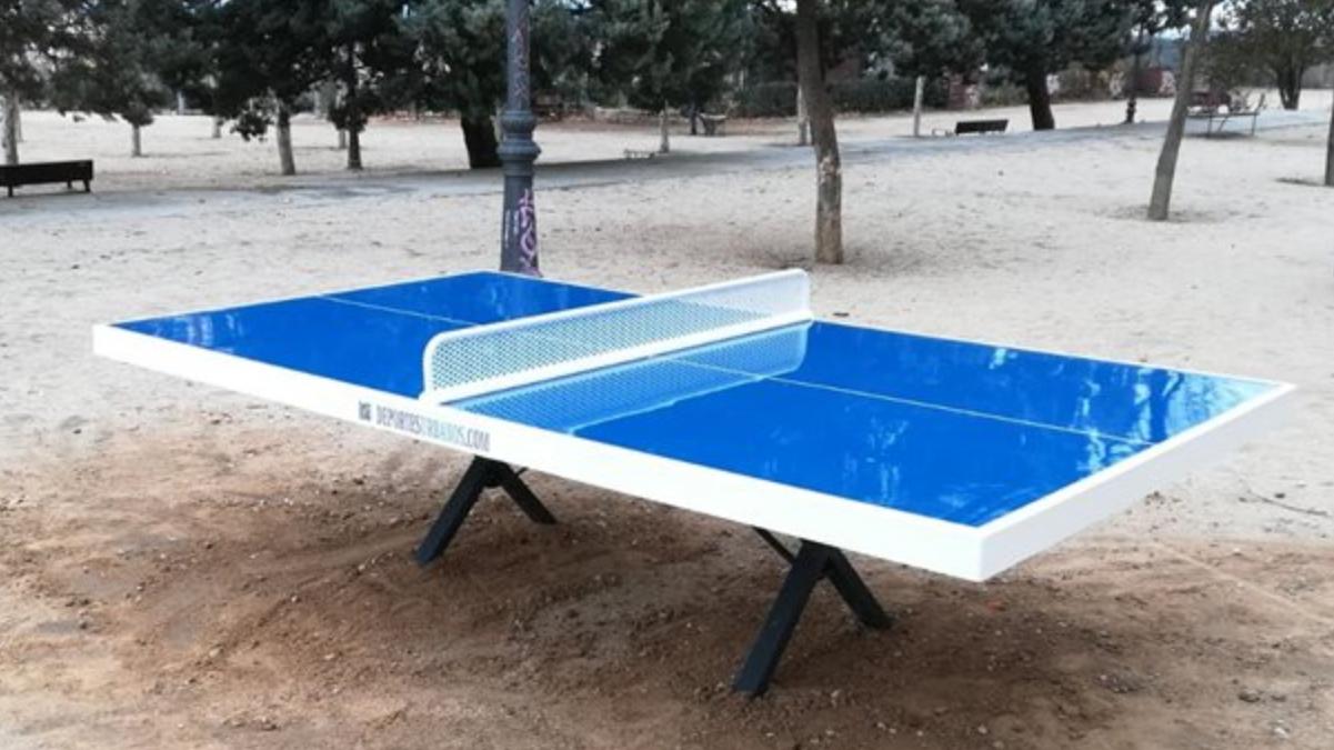 Ping-Pong en la luna