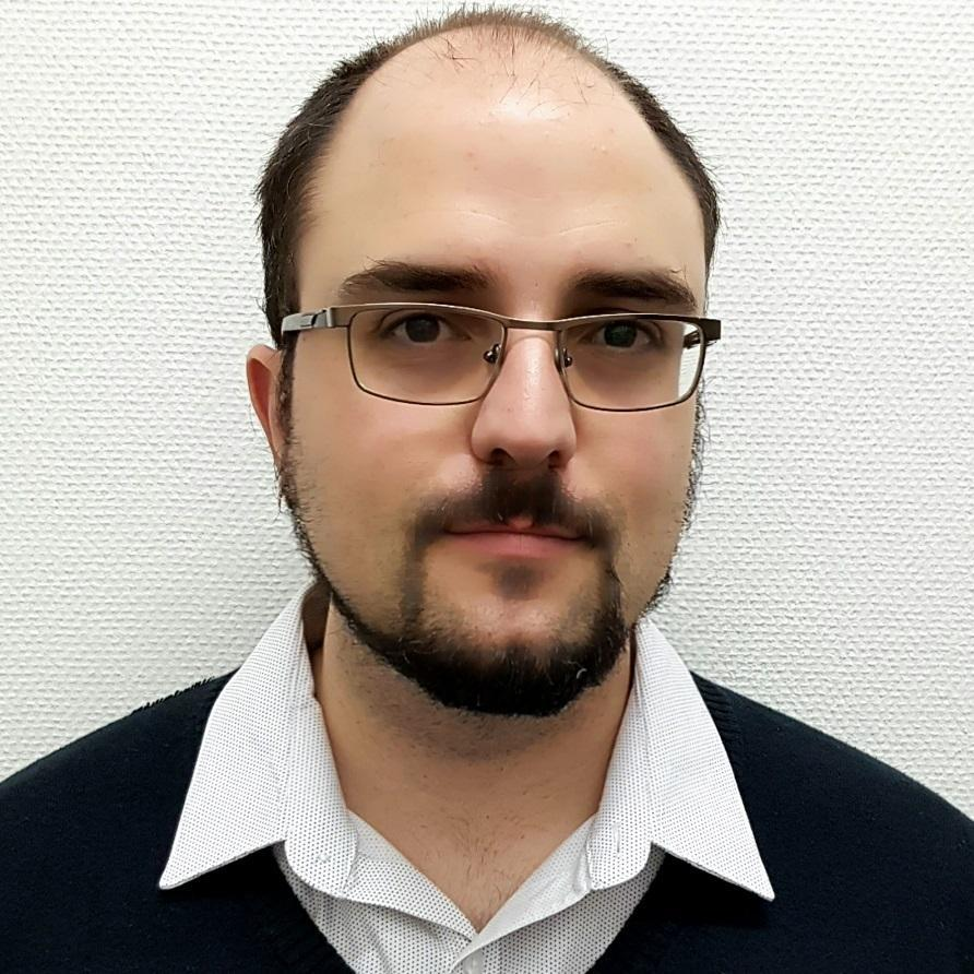 Eduardo Sacristan Puig - Su perfil. Votar, valora y comunicate
